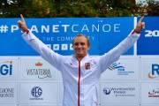 Vít Přinidš se raduje z celkového vítězství ve Světovém poháru 2017