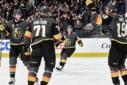 Vegas Golden Knights slaví výhru nad LA