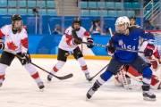 Hokejistky Kanady a USA v zápase o bronz