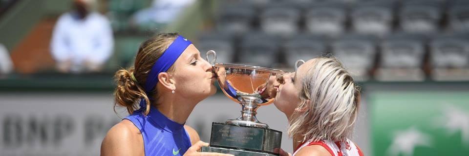 Lucie Šafářová a Bethanie Mattek-Sands ovládly deblový turnaj na French Open 2017